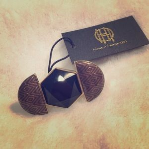 House of Harlow Black Statement Ring Size 7 NWT